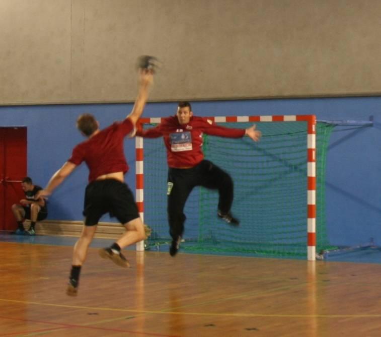 gardien de but divers ateliers et travaux club de handball la garde var 83 handball gardeen. Black Bedroom Furniture Sets. Home Design Ideas